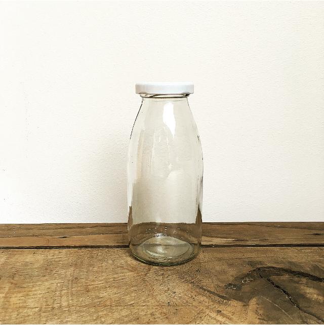 Bouteille de lait en verre