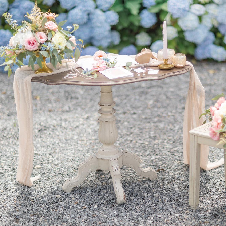 Table Violon Coupe Dorée